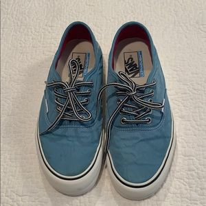 Vans Ultracush Canvas Sneaker Women's 8.5 Blue